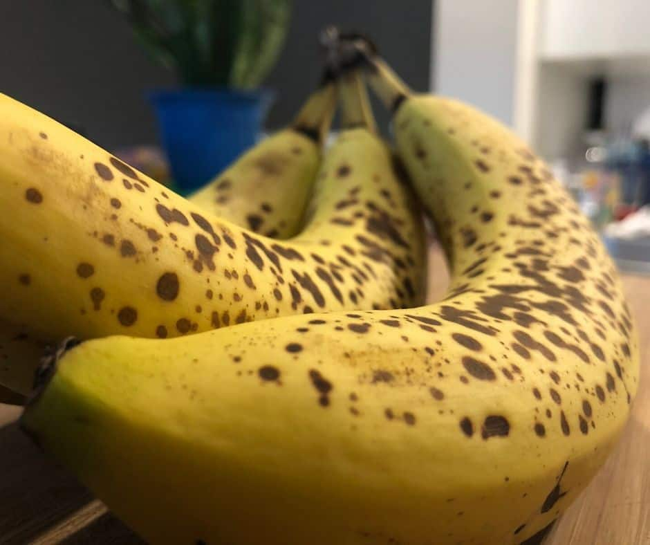 ripen bananas in the kitchen