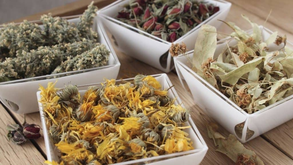 3 Easy Ways To Dry Herbs Without A Dehydrator (No Flavor Loss)